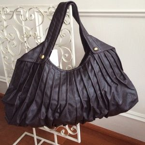 Brown pleated bag