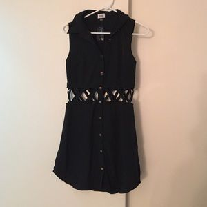 Criss-cross Black Dress