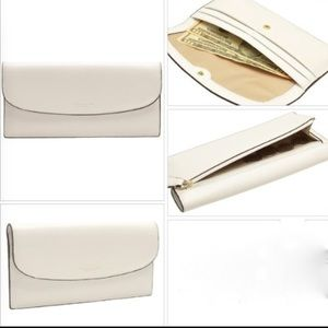 ✨Coach✨ slim wallet (white)