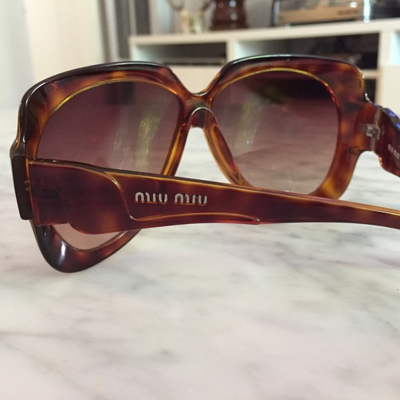 839023812d0 Miu Miu Lilla sunglasses. M 54fe07dd7f0a0555a10003dd. Other Accessories ...