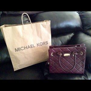 Michael Kors Hamilton Quilt Bordeaux 💯 Authentic