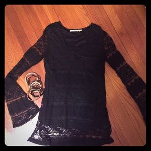 Black full-lined lace top