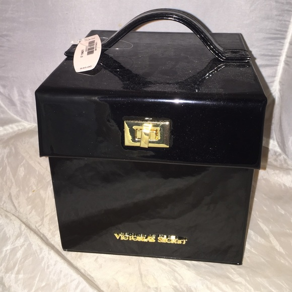 100% authentic 86b32 37989 Victoria's Secret Black Shiny Jewelry Box case NEW NWT