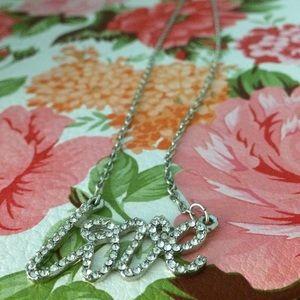 Shortstrand love rhinestone necklace