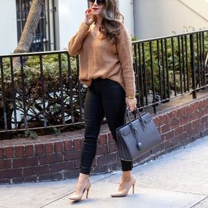 Sweaters - Camel knit Sweater