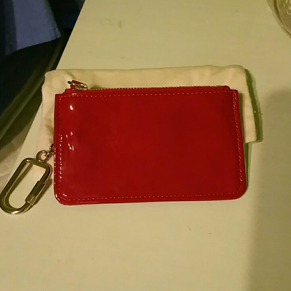 how to get scuff marks off patent leather purse