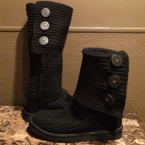 72 ugg boots reduced black sweater uggs