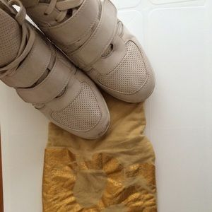 Cream wedged sneakers!!