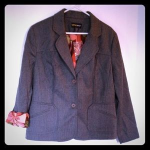 Metro Style Jackets & Blazers - Metro Style Gray Blazer with Funky Floral Lining