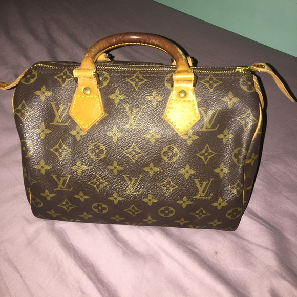 47 off louis vuitton handbags saleauthentic louis