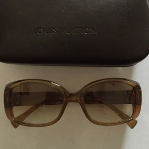 Louis Vuitton authentic sunglasses $ deal!