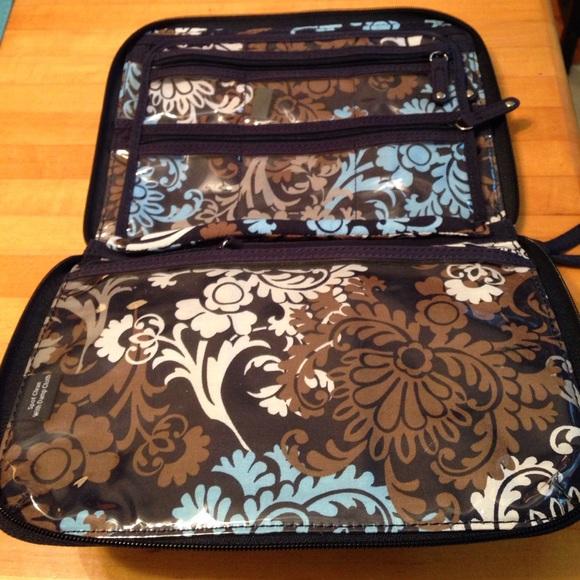 Vera Bradley - Vera Bradley Jewelry case from Daryl's ...