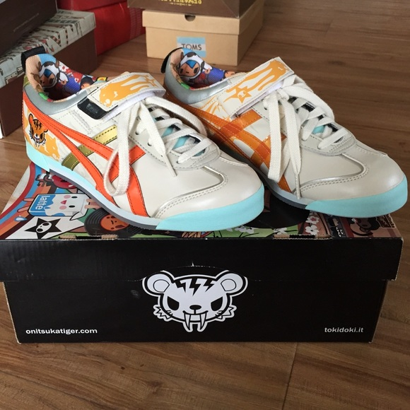another chance 0b37e 3f5f7 Onitsuka Tiger Tokidoki limited edition sneakers NWT