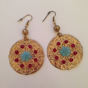 Gorgeous colorful earrings!