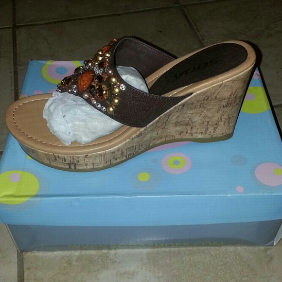 44 soda shoes soda wedges from valenciacouture s