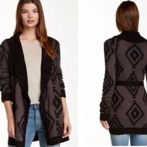 Romeo & Juliet Couture Sweaters - NWT Romeo & Juliet Couture Tribal/Aztec Sweater