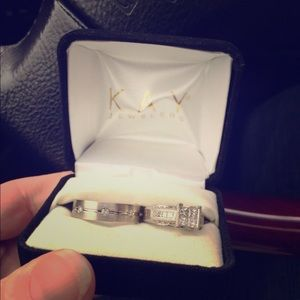 Jewelry - White gold engagement ring..Open to offers