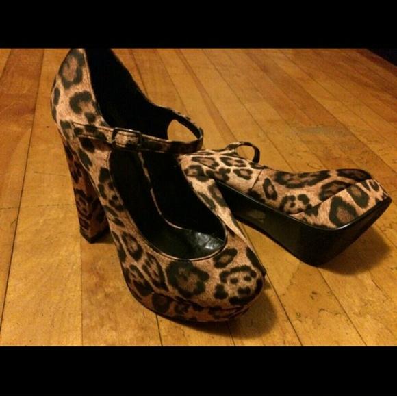 67 shoes cheetah print platform heel from corrie s
