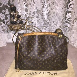 7739c8dea06e Louis Vuitton Bags - Authentic Louis Vuitton Artsy GM