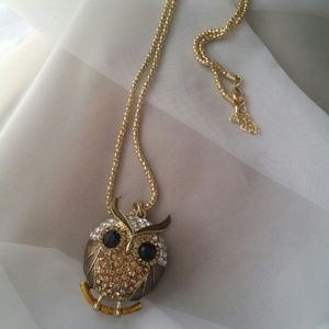 Gold Rhinestone Owl necklace