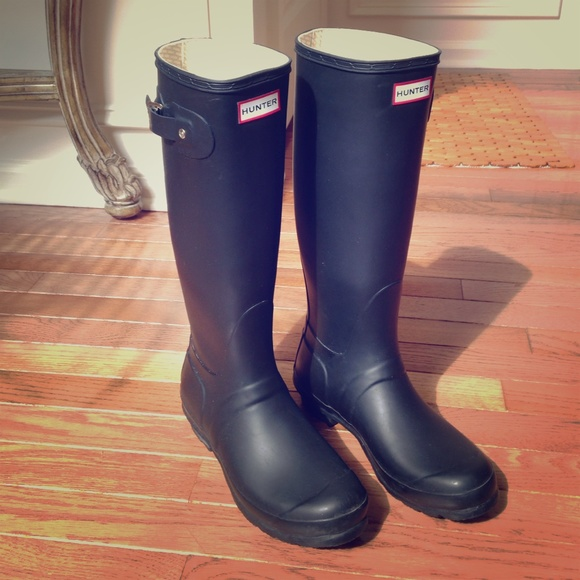 29 off hunter boots boots black matte hunter rain boots