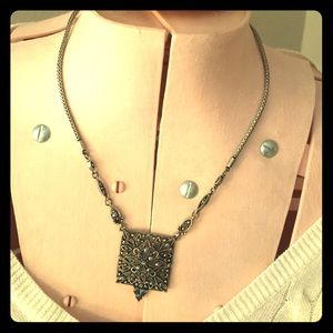 Jewelry - Marcasite like necklace