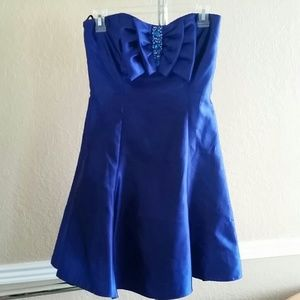 Jessica McClintock Dresses & Skirts - Jessica McClintock Blue Formal Dress