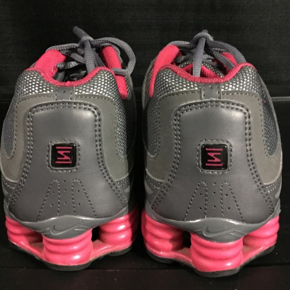 60 nike shoes pink and gray glitter nike shoxx