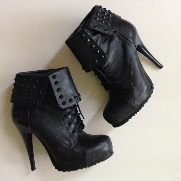 Bronx Schuhes    Schuhes schwarz Leder Studded Heel Ankle Stiefel 40   Poshmark 0a8753