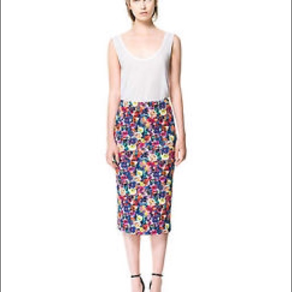 zara zara high waisted floral skirt from jil s closet on