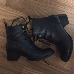 Boots - Leather Oxford lace-up boot black