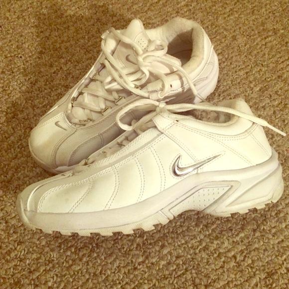 Solid White Nike Tennis Shoes | Poshmark