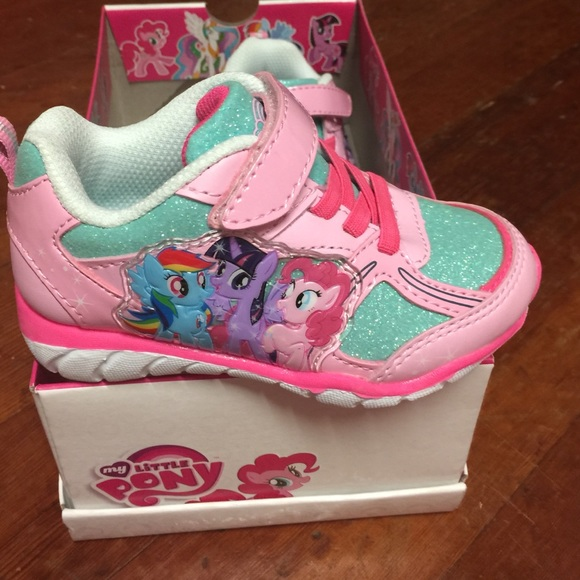 Find my little pony shoes at Macy's Macy's Presents: The Edit - A curated mix of fashion and inspiration Check It Out Free Shipping with $99 purchase + Free Store Pickup.