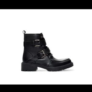 Zara lace up ankle boots with buckle - like new