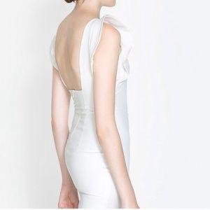 Zara Dresses - Zara white riffle dress size M