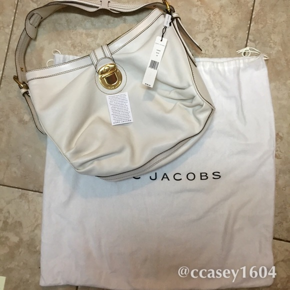75% off Marc Jacobs Handbags - 🌟SALE🌟MARC JACOBS WHITE LEATHER ...