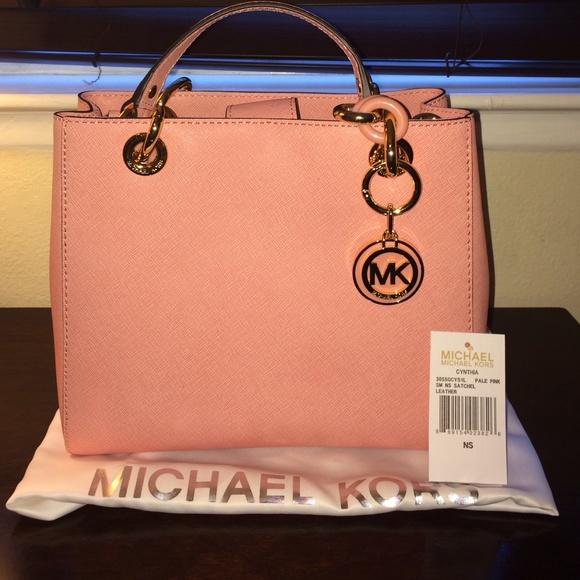 a4f2ed2436ae Michael Kors Bags | Sold Pale Pink Handbag | Poshmark
