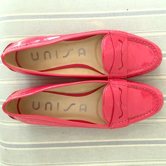 hot pink unisa loafers