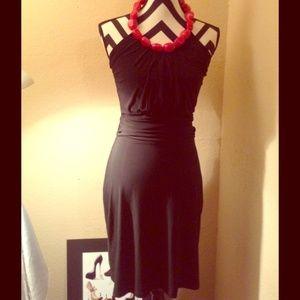 Arden B Dresses & Skirts - Stretchy Black Dress💖