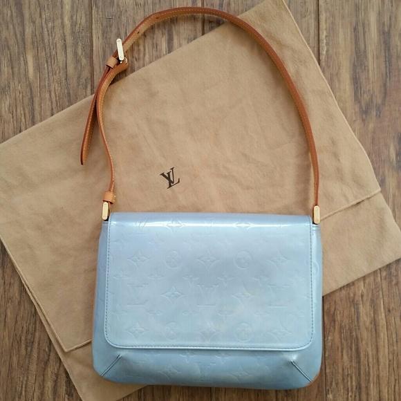 f06e63116fb3 Louis Vuitton Handbags - Louis Vuitton blue vernis Thompson St. shoulderbag