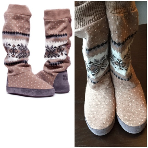 MukLuks Tall Slipper Boots in Sz Small. M 550269b8729a661eb4001d00 971526f7fe04