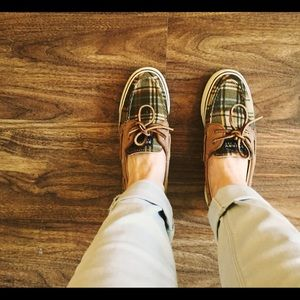 Sperry Top-Sider boat shoes.