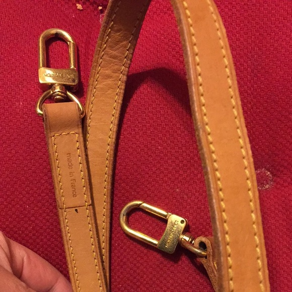 Cool Sell Authentic LV Sling And Body Bag Women Apparels Fashion