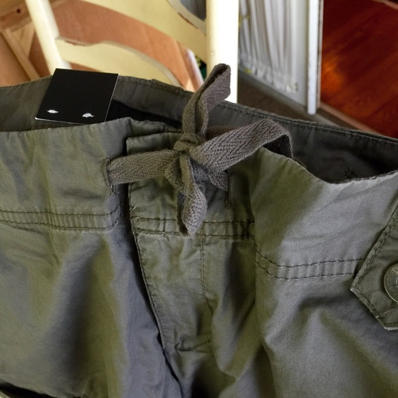 81 off calvin klein pants sale calvin klein cropped cargo pants from lisa 39 s closet on. Black Bedroom Furniture Sets. Home Design Ideas