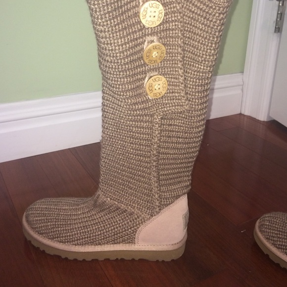 6d1d66c4b1e Cloth UGG boots
