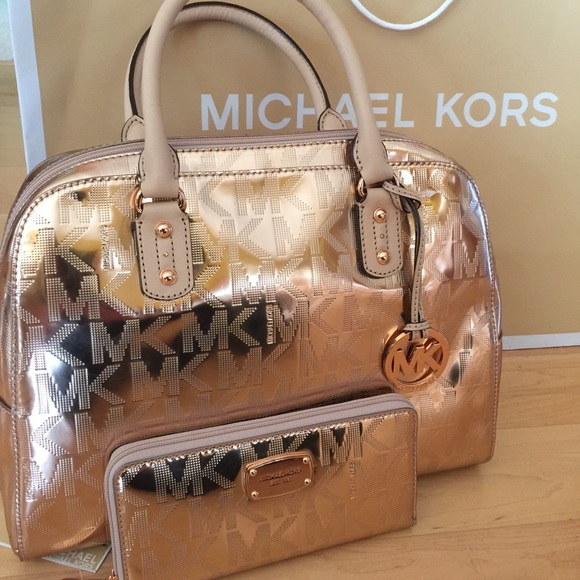 4ae997255d1a Buy michael kors rose gold bag   OFF61% Discounted
