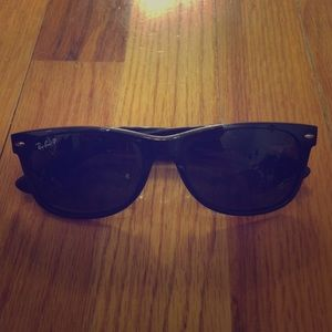 Authentic polarized Ray ban sunglasses