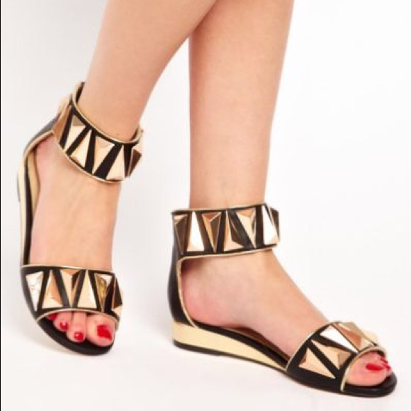 ALDO Shoes - ALDO kasota gold studded black sandals