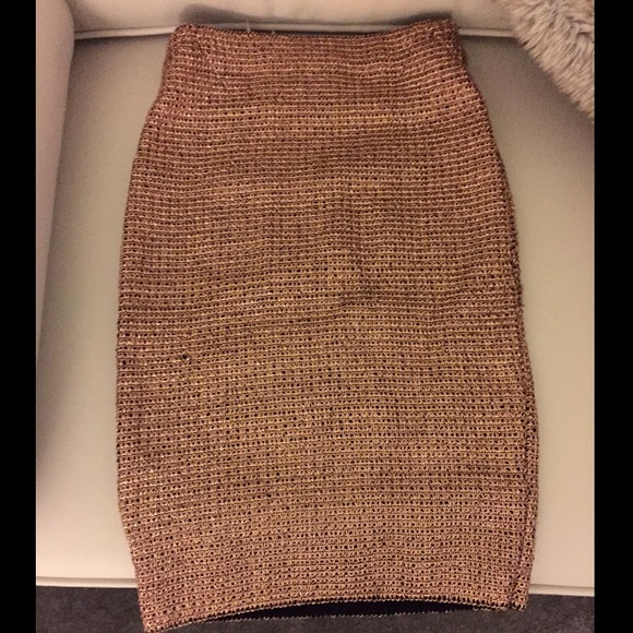 ✨Beautiful rose gold pencil skirt✨ S from Samantha's closet on ...