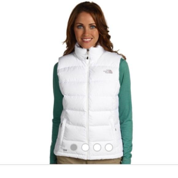 5a310ff4375e NorthFace White Puffer Vest. Size M. Never Worn. M 5504453756b2d62d470043b1